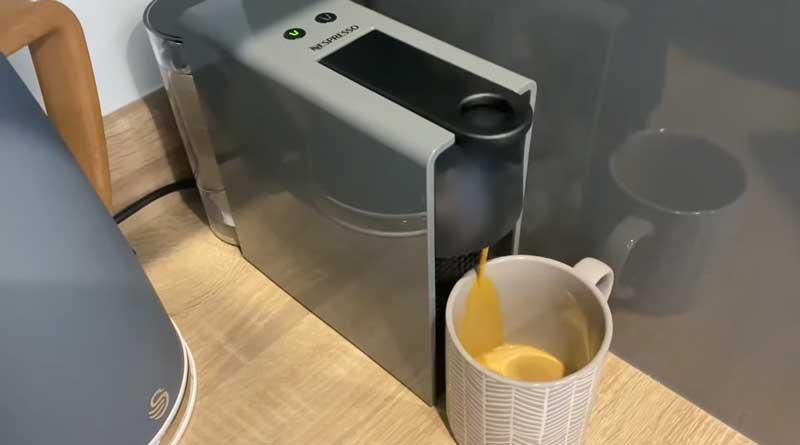 Pareri espressor Nespresso-Krups-C30-EU-GR-NE1