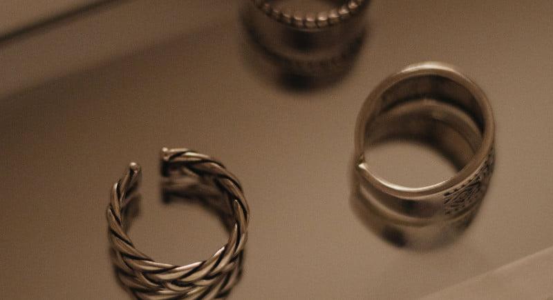 durabilitatea bijuteriilor din argint si aur alb